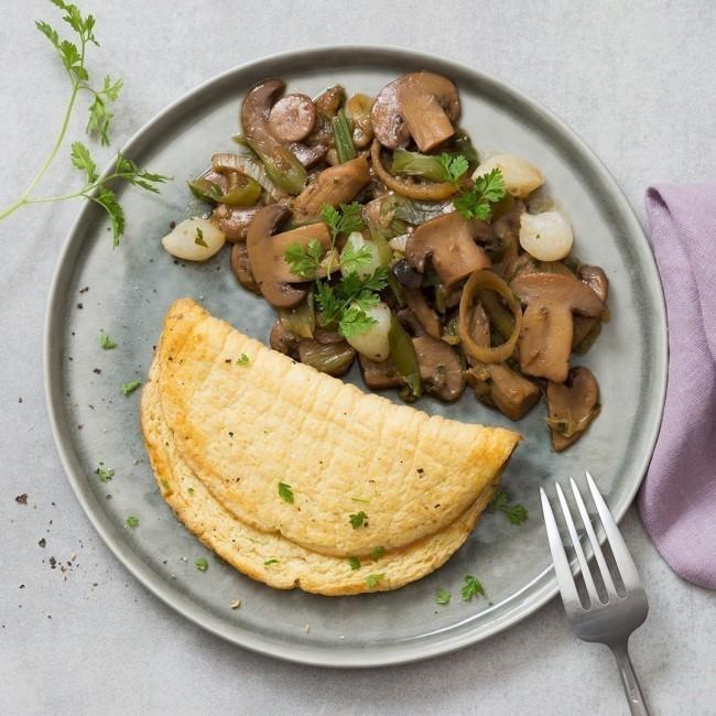 Omelette fondante et ses champignons en persillade