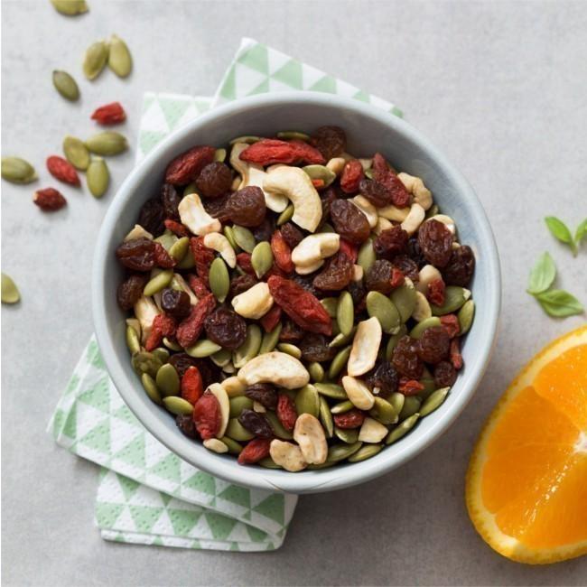 Booster Mix  Bio Sans Gluten : Graines de Courges, raisins, Noix de cajou et Goji