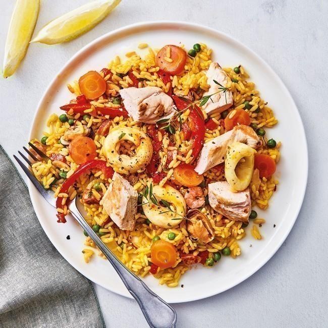 Paëlla au poulet et aux fruits de mer